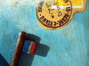 « Bord de mer à l'étendard » détail timbres et drapeau