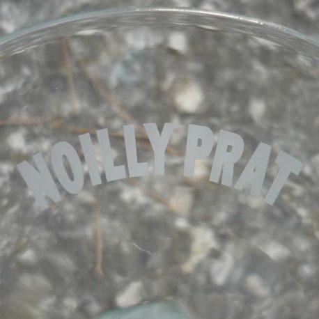 Détail marquage verres a cocktail Noilly Prat
