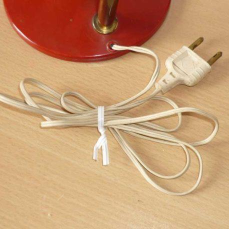 cordon et prise électrique lampe